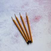 Простой карандаш В